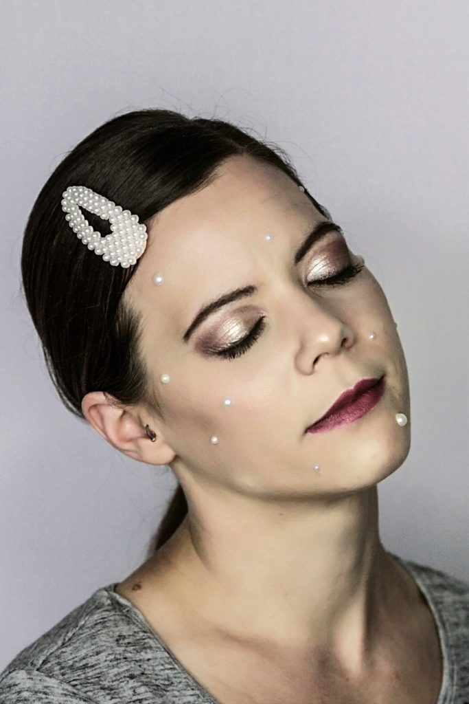 Creative Make Up Pearls